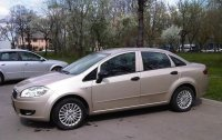 Dezmembrez aceasta masina in totalitate Fiat Linea 2007