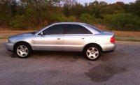 Aripa este in stare foarte buna pentru mai multe Audi A4 1998