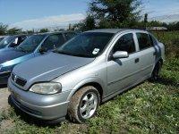 Asiguram piese de calitate si un stoc permanent Opel Astra 2002