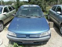 Asiguram piese de calitate si un stoc permanent Peugeot  206 1996