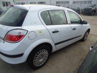 Dezmembrez astra h din   break si Opel Astra 2005