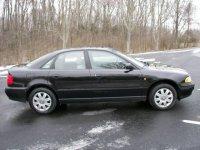 Dezmembrez audi a4 an  mototr 1 8 benzina are Audi A4 1998