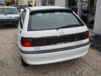 Baie ulei opel astra f 1 8 benzina din  de la Opel Astra 1996