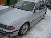 Dezmembrez bmw 5 2 5 tds din  piese BMW 525 1999