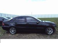 Dezmembrez c0 cdi 0 cp w3 Mercedes C 220 2003
