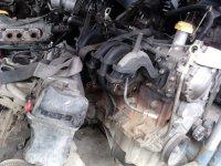 Dezmembrarm sau vindem motor complect renault Renault Clio 2004