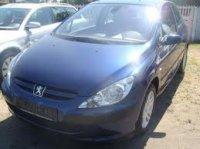 Dezmemembrez intreaga masina atat elemene de Peugeot  307 2003
