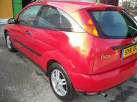 Dezmembrez ford focus 1 6i 0 cp din  piese Ford Focus 2001