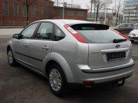 Dezmembrez ford focus 2 masina este completa Ford Focus 2005