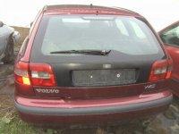 Grila radiator volvo v 1 6 si 1 8 benzina din Volvo V40 2000