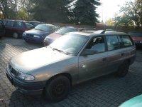 Injectoare opel astra f 1 8 benzina din  de la Opel Astra 1996