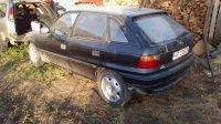 Masinqa se dezmembreaza este full airbag`s ok Opel Astra 1996