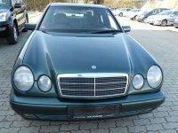 Dezmembrez mercedes benz diesel motor bara Mercedes 300 2000