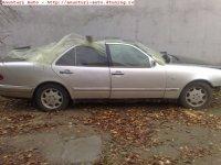Dezmembrez mercedes e0 ochios 2 benzina an  Mercedes E 200 1996