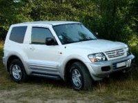 Dezmembrez mitsubishi pajero de 3 2 did scurt Mitsubishi Pajero 2003