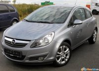 Opel corsa d 1 2 benzina 2 usi an  avem Opel Corsa 2008