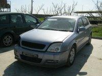 Dezmembrez opel signum din  2 0d motor cutie Opel Signum 2003