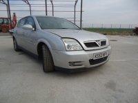 Dezmembrez opel signum din  2 2 b am motor si Opel Signum 2003