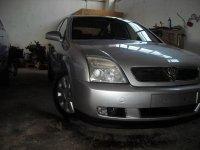 Dezmembrez opel vectra 2 0 dti piese caroserie Opel Vectra 2003