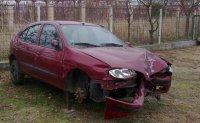 Dezmembrez orice piesa pe stoc renault megane Hyundai Coupe 1998