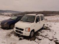 Dezmembrez orice piesa pentru suzuki wagon r+ Suzuki Wagon R+ 2000