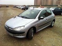 Dezmembrez peugeot 6 1 2 benzina 1 4 benzina 1 4 Peugeot  206 2003