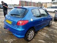 Dezmembrez peugeot 6 1 4 benzina/2 0 benzina Peugeot  206 2003