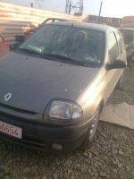 Dezmembrez renault clio an de fabricatie  Renault Clio 2001