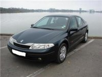 Dezmembrez renault laguna 1 9 dci anul  vand Renault Laguna 2004