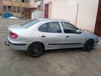 Dezmembrez renault megane clasic 1 4 v 1 6 v 1 Renault Megane 2000
