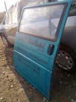 Usa laterala volkswagen caravelle din Volskwagen Caravelle 2003