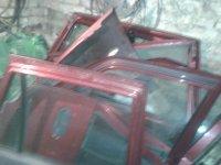 Usi echipate complet(pe buc este pretu)si Dacia Solenza 2004