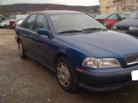 Usi volvo s 1 6 si 1 8 benzina din  de la Volvo S40 1999