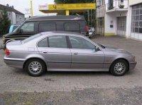 Vand arc fata bmw seria 5 stare foarte buna BMW 523 2002