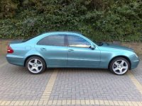 Vand ceas bord pentru mercedes e 0 an Mercedes E 270 2004