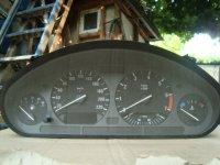 Vand ceasuri bord pentru bmw 8 an fabricatie BMW 318 1995