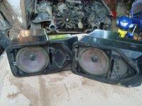 Vand cutii boxe spate pentru bmw 8 an BMW 318 1995