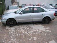 Vand faruri audi a4 2 6 benzina din  din Audi A4 1997