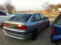 Vand faruri bari   elemente caroserie Renault Laguna 1998