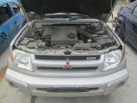 Vand faruri pentru mitsubishi pajero pinin din Mitsubishi Pajero Pinin 2003