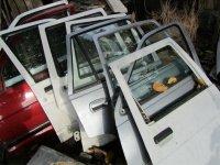 Vand geamuri laterale pentru renault clio an Renault Clio 1992