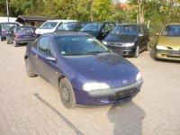 Vand grila radiator opel tigra 1 4 benzina din Opel Tigra 1998