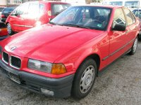 Vand parbriz bmw 6 1 6 benzina din  din BMW 116 1997