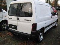 Vand piese din dezmembrari pt peugeot partner Peugeot  Partner 2000