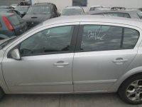 Vand usi pentru opel astra h din  motor 1 6i Opel Astra 2006