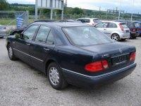 Vindem parbriz mercedes e0 2 3 din  Mercedes E 230 1999