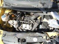 Dezmembrez vw fox  am motoare cutii de Volskwagen Fox 2008