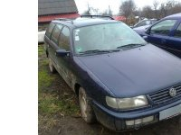 Dezmembrez vw passat b4 b4 intermediar din  Volskwagen Passat 1995